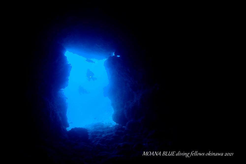 万座ドリームホール|沖縄水中写真